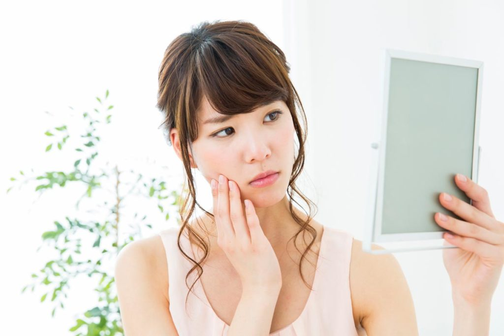 毛穴の汚れがニキビの原因に!?効果的な洗顔法